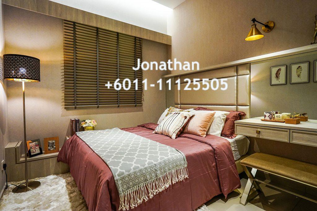 Jonathan - Amarene Bedroom WM
